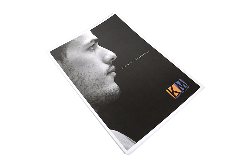 km brochure 00